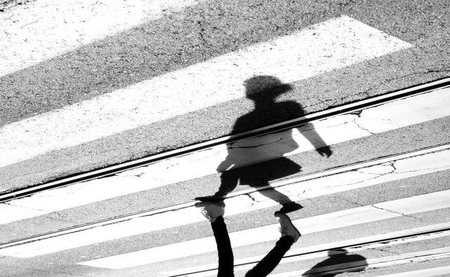 Prehod, kjer je voznica trčila v otroka, je neposredno pred osnovno šolo in vrtcem ter je dobro viden. FOTO: Shutterstock