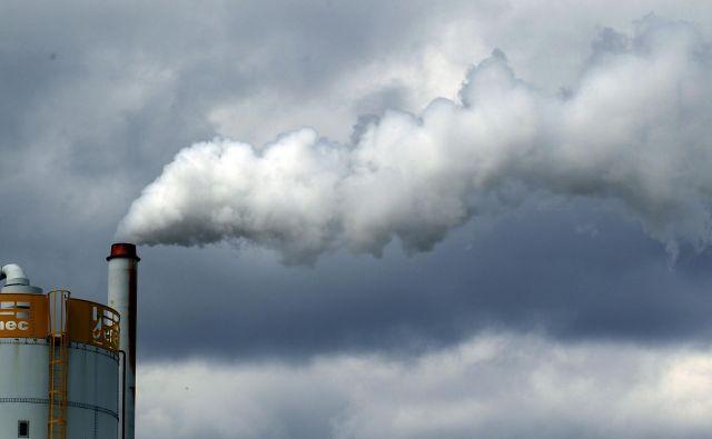 Emisije se znova povečujejo, nič ne kaže na njihov vrh. FOTO: Roman �ipić/Delo
