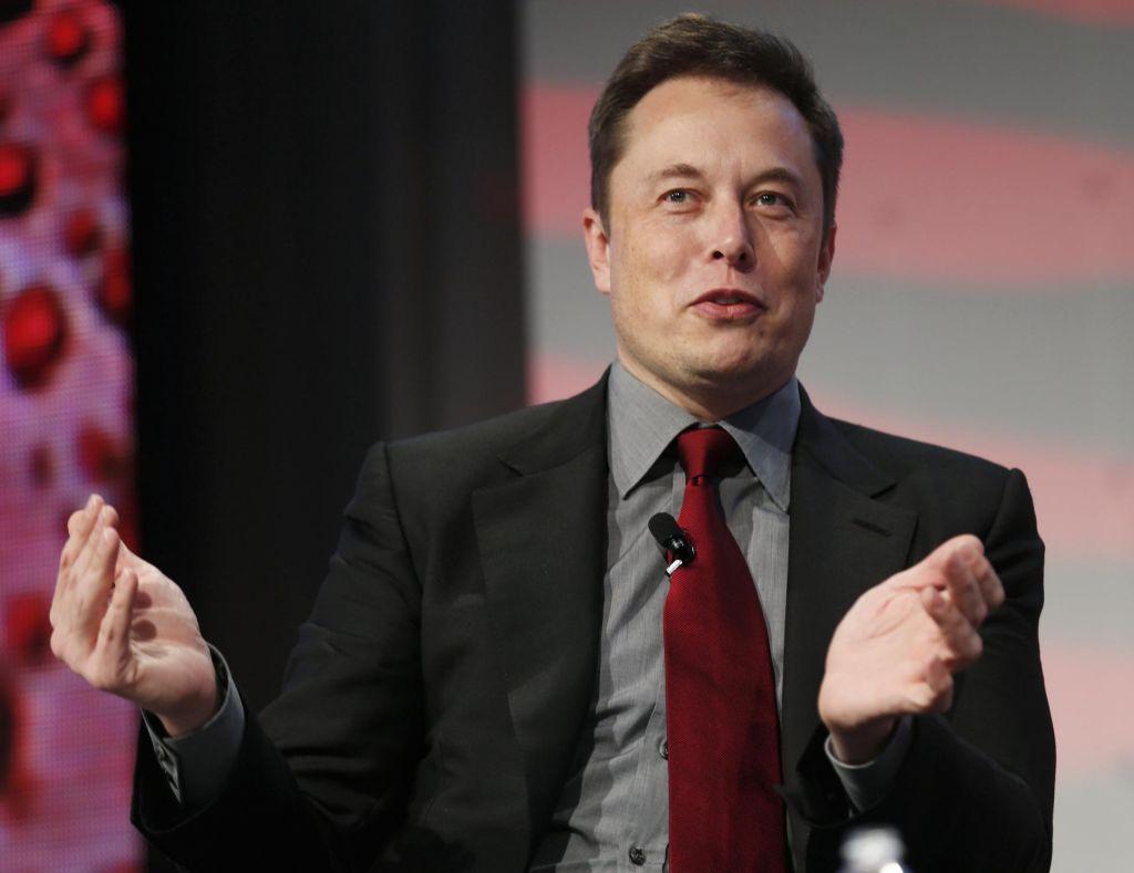 Elon Musk bo odpustil sedem odstotkov zaposlenih v Tesli
