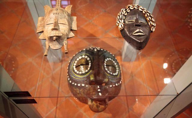 Na razstavi je na ogled 60 predmetov treh muzejev. FOTO: Nika Hölcl Praper