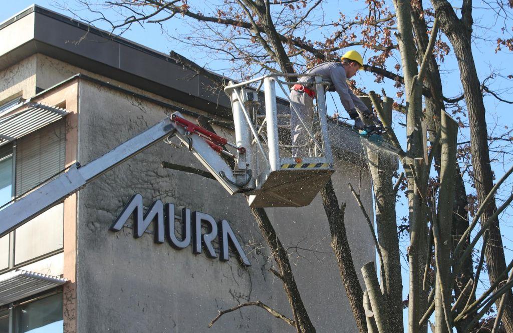 Na pogorišču Mure: 300 delavcev ostalo brez plače
