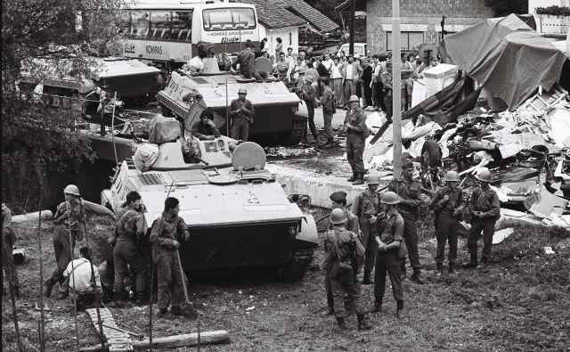 Sedemindvajsetega junija se je začela vojna. FOTO: Joco Žnidaršič