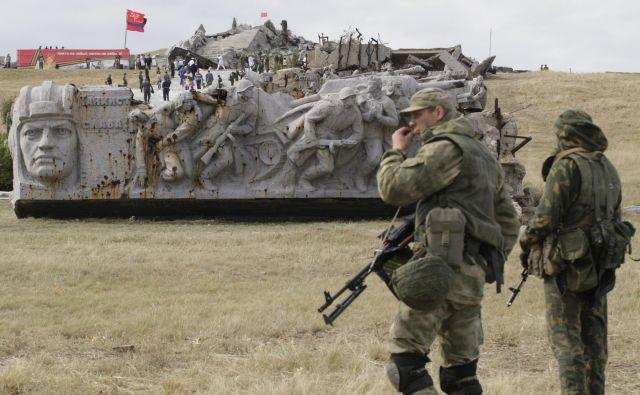 Minška dogovora, ki so ju septembra 2014 in februarja 2015 podpisali v beloruski prestolnici, sta bila poskus, kako bi na mirni način rešili krizo na jugovzhodu Ukrajine, ki se je prelevila v pravo vojno. Foto: Reuters