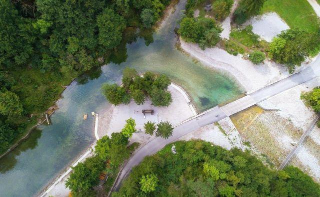 Območje Krajinskega parka Zgornja Idrijca je občina Idrija razglasila za krajinski park, da bi zaščitila ohranjenost narave in veliko število naravnih znamenitosti izrednega pomena. FOTO: Jošt Gantar
