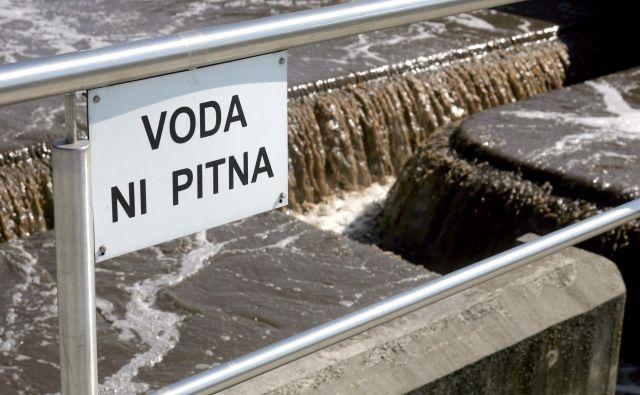 Večina slovenskih čistilnih naprav nima rešitve za blato. FOTO: Mavric Pivk