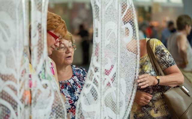 Idrija vsako leto sfestivalom sporoča zgodbo o idrijski čipki in njeni vpetosti v slovenski in evropski prostor. FOTO: Marko Čuk