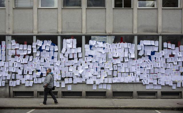 Protest kulturnikov pred ministrstvom za kulturo. FOTO: Voranc Vogel