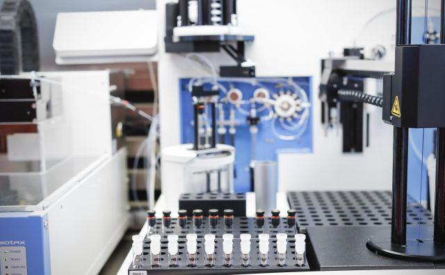 Celične in genske terapije predstavljajo novo obdobje v medicini, saj pomagajo zmanjšati ali odpraviti potrebo po dolgotrajnem, neprekinjenem zdravljenju. FOTO: Leon Vidic/Delo