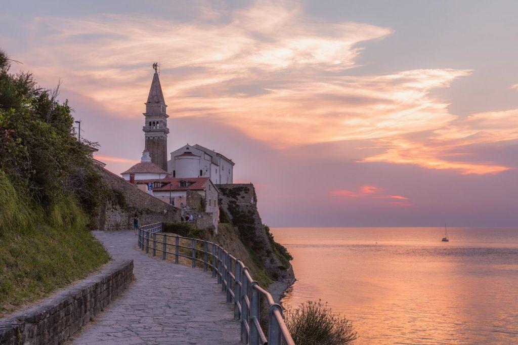 FOTO:Fototočke na krožnih pešpoteh ob morju