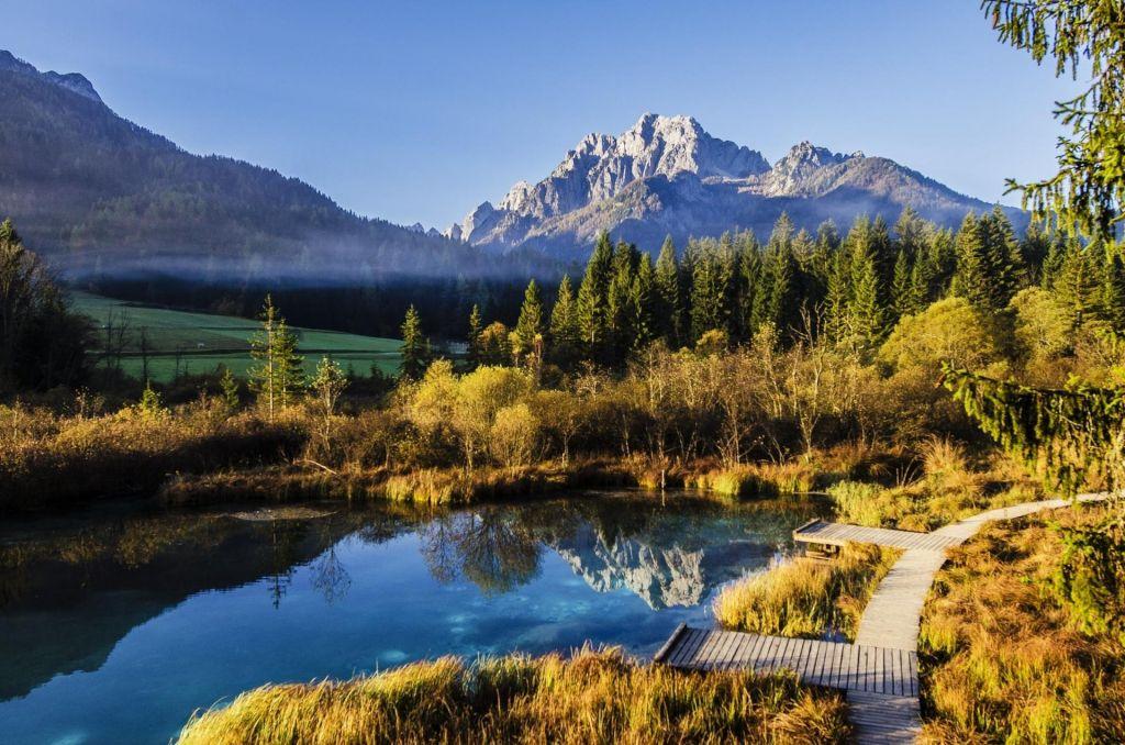 Odkrijte najlepše pohodne poti v Sloveniji
