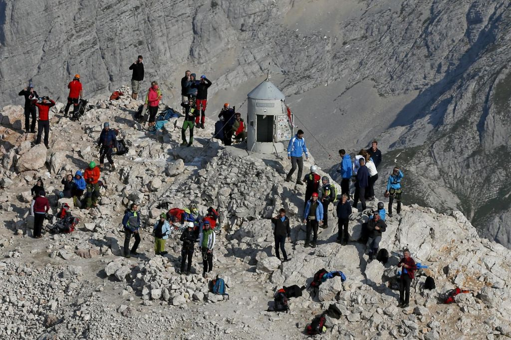 Previdno na Triglav: dela na planinskih poteh