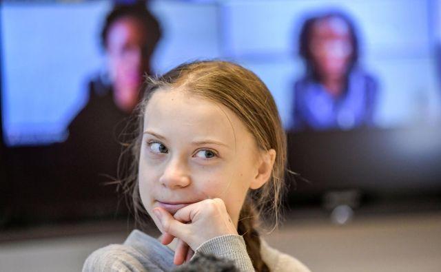 Thunbergova se je preko twitterja zahvalila za nagrado. »To mi pomeni veliko in upam, da mi bo pomagala narediti več dobrega v svetu,« je dejala v videoposnetku. FOTO: Reuters