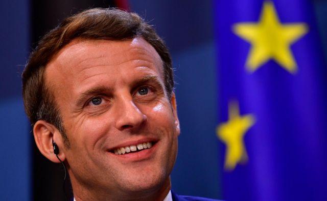 Macronov eksperiment je sprožil veliko pomembnih vprašanj. A nobeno ni pomembnejše od tega: ali smo morda prišli do konca pretiranega zanašanja na »delegirano« obliko demokracije? FOTO: John Thys/AFP