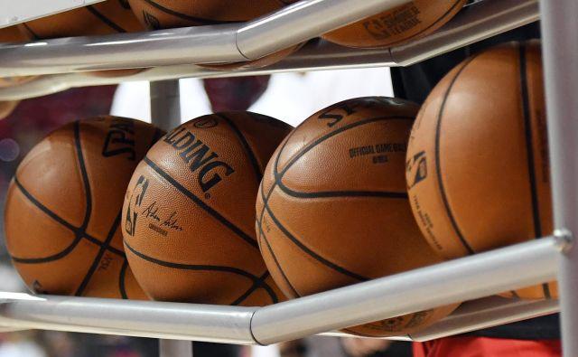 Košarkarske žoge bodo še lep čas mirovale pred prvimi tekmami v ligi ABA. FOTO: Ethan Miller/AFP