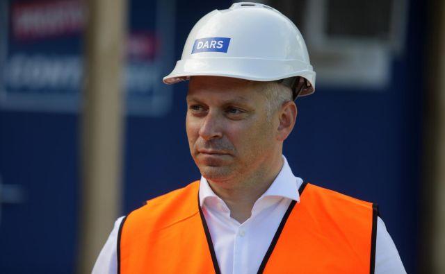 Predsednik uprave Darsa Valentin Hajdinjak pravi, da si želijo investicijski cikel zagnati čim prej: »Mi bomo pripravljeni, želel pa bi si, da bi se vse morebitne ovire čim prej odpravile, da bi lahko tudi v Sloveniji prišli do novejše, modernejše infrastrukture, ki bo ne nazadnje na voljo ljudem.« FOTO: Voranc Vogel/Delo