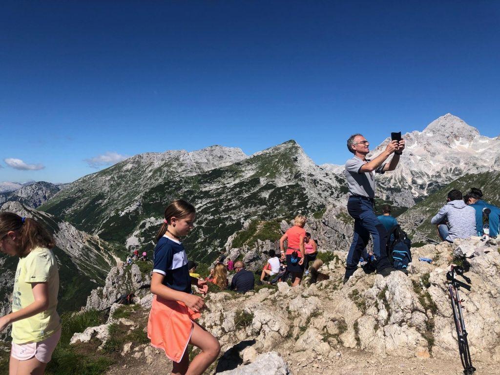 FOTO:Gora z enim najlepših pogledov na Triglav