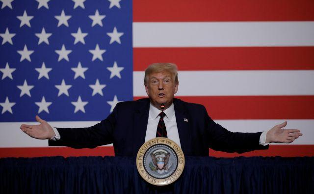 Donald Trump je (tudi) zaradi slabih razmer v realnem sektorju gospodastva v težkem položaju, ko računa na svojo ponovno izvolitev.<br /> FOTO: Carlos Barria/Reuters