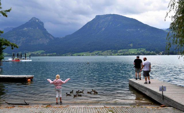 V Avstriji število okužb znova narašča. FOTO: Barbara Gindl/AFP