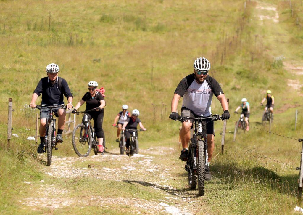 FOTO:Za čim več Pokljuke s sedeža kolesa