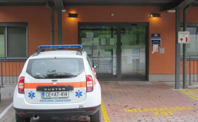 V Rimskih Toplicah sameva ena od dveh ambulant. V civilni iniciativi pravijo, da bodo z veseljem sprejeli zdravnika, ki bo pripravljen delati v ambulanti v Rimskih Toplicah in Jurkloštru enkrat tedensko 4 ure. FOTO: Špela Kuralt/Delo