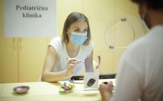 Sprejemnica na Pediatrični kliniki UKC Ljubljana. Fotografija je simbolična. FOTO: Jure Eržen/Delo
