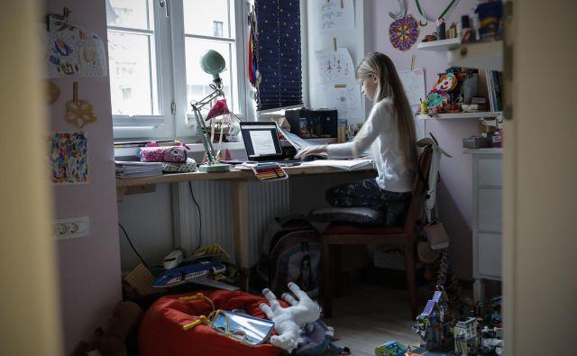 Delo na domu je že dolgo mogoče. FOTO: Uroš Hočevar/Delo
