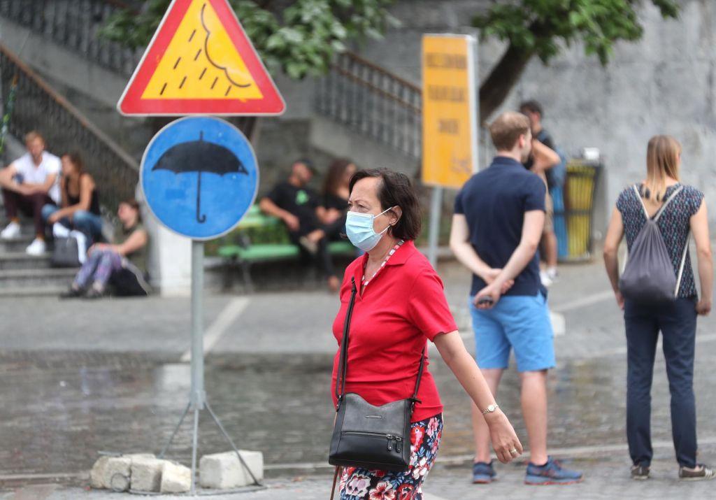 V Sloveniji 27 novookuženih s koronavirusom