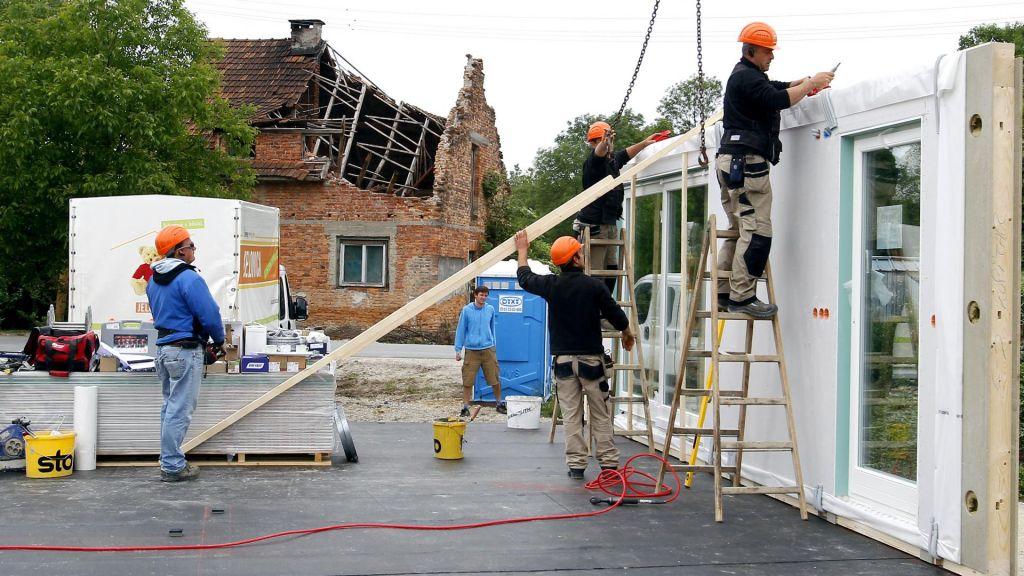 FOTO:Kakšna nova pravila lahko pričakujejo graditelji hiš