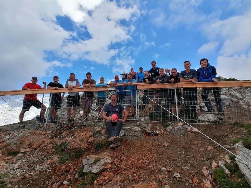 Bašeljski kmetje vrh Storžiča »vrnili« planincem