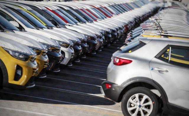 Velike spremembe se obetajo pri avtomobilskih zavarovanjih, a napovedi še niso povsem jasne. FOTO Uroš Hočevar/Delo