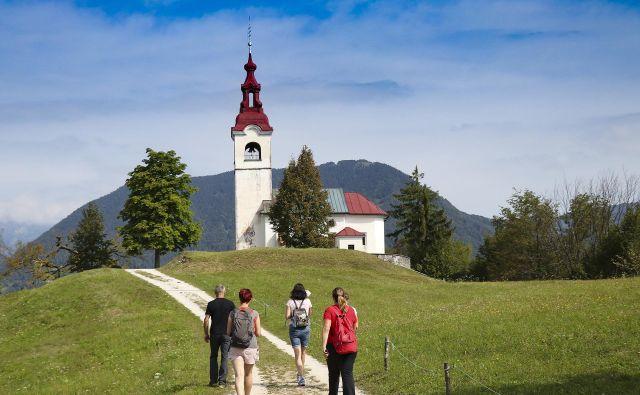 Cerkev sv. Ivána slovi kot kraj z izjemno energijo. FOTO: Gregor Kacin/Visit Cerkno