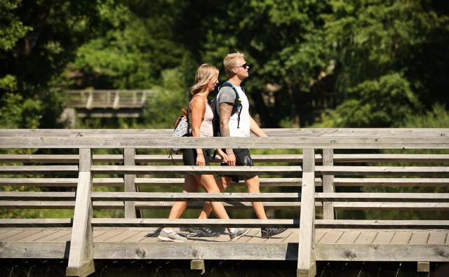 Upad tujih turistov so močno občutili v Postojni. FOTO: Jure Eržen/Delo