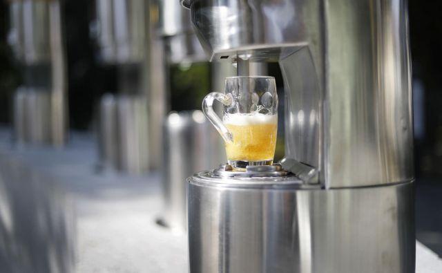 Ne gre za popivanje, pač pa za degustacijo, poudarjajo v Žalcu. Fotografiji Leon Vidic