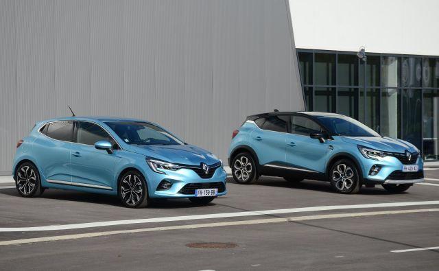 Renaultovi veliki uspešnici clio in captur sta poslej na voljo tudi v elektrificirani izpeljanki. Foto Gašper Boncelj
