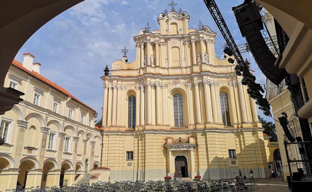 Uspešnico Katarina Velika (HBO) so snemali tudi v slikovitih prostorih Univerze v Vilni iz 16. stoletja. FOTO: Marko Gams