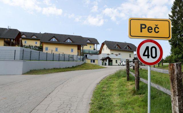 Družinska drama se je odvijala v Peči pri Grosupljem. FOTO: Marko Feist/Delo