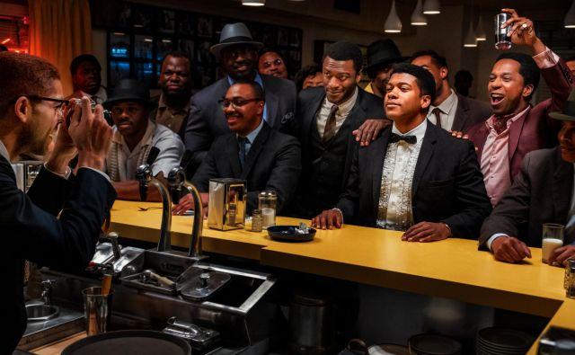 Eli Goree kot Cassius Clay v noči njegove transformacije v Mohameda Alija. Foto Patti Perret