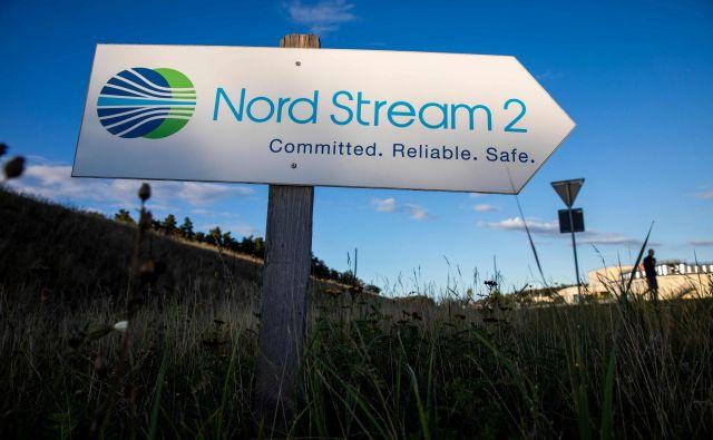Nemška vlada ne izključuje niti prekinitve gradnje plinovoda Severni tok 2. FOTO: Odd Andersen/AFP