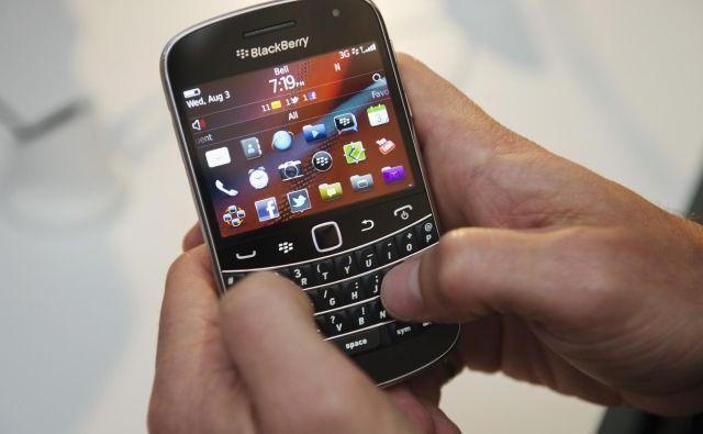 Blackberry je sinonim za polno tipkovnico, ki je bila še posebno uporabna, dokler smo uporabniki pisali sporočila na številčnih tipkah. FOTO: Mark Blinch/Reuters