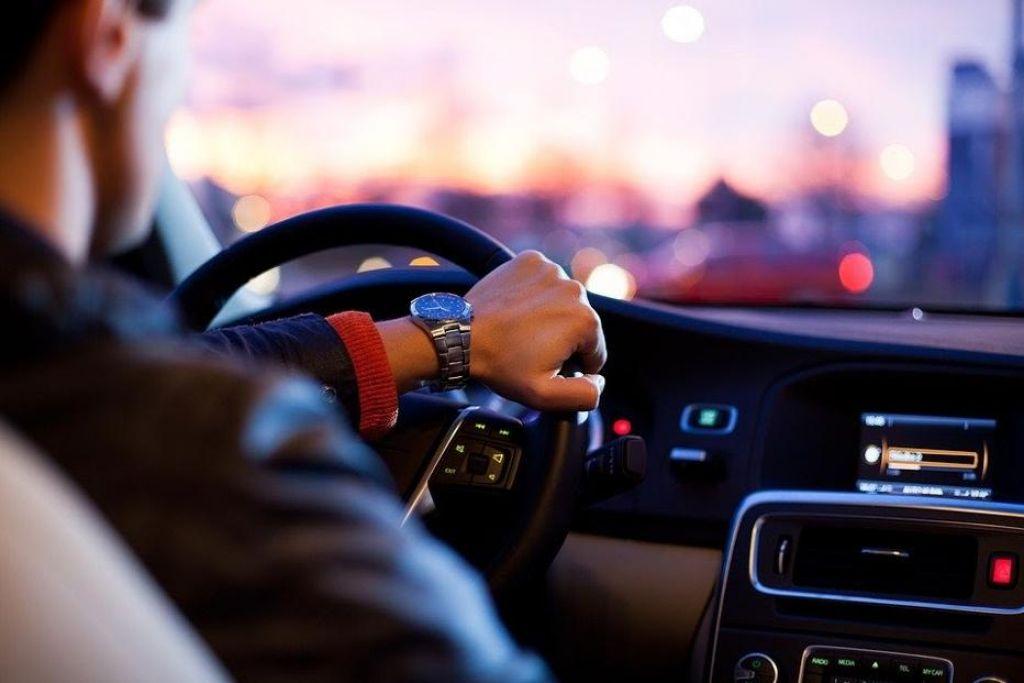 7 napotkov za bolj varno vožnjo