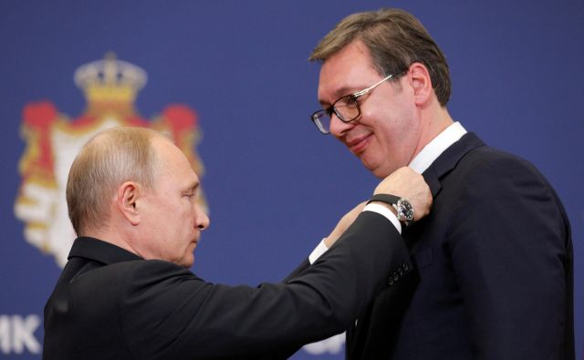 Po zaslugi Bele hiše se bodo odnosi med Beogradom in Moskvo verjetno ohladili. Foto Stojan Nenov/Reuters