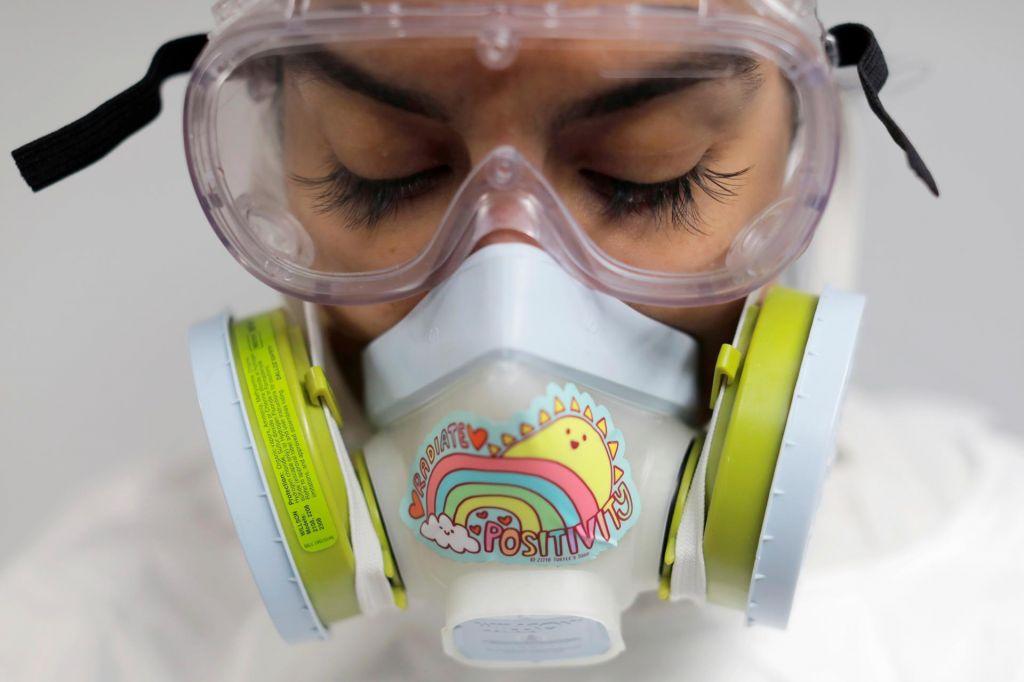 Šest mesecev pandemije: konca še ne bo kmalu