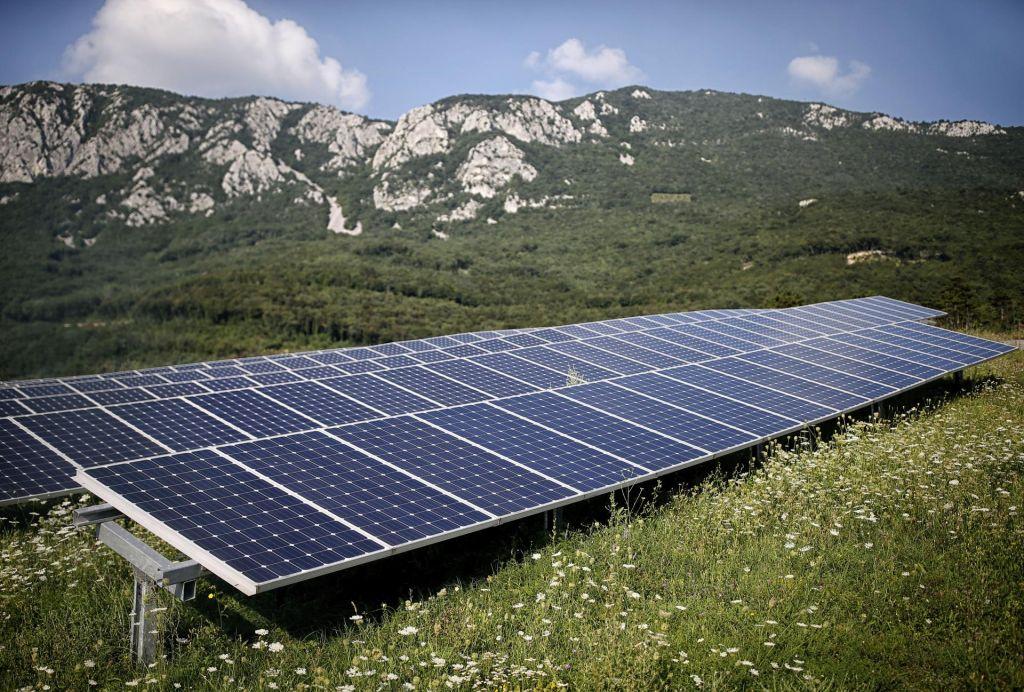 S sončnimi elektrarnami do več obnovljivih virov