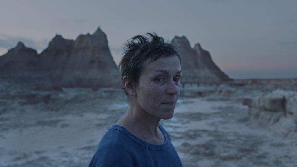 FOTO:Zlati lev režiserki Chloé Zhao za film Nomadland