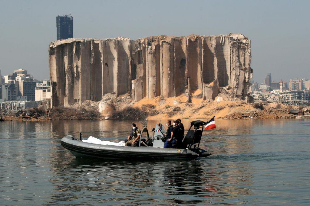 Lenarčič v Bejrut osebno dostavil pomoč in Libanon pozval k reformam