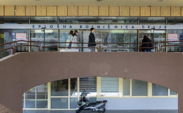 Druga velika težava bolnišnic je amortizacija, ki je ZZZS ne plačuje v obsegu, kot določa zakon. FOTO: Voranc Vogel/Delo