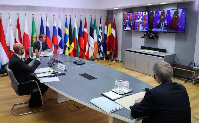 Na videovrhu EU in Kitajske ni bilo oprijemljivega napredka, bi pa Peking, ki je pod velikim ameriškim pritiskom, lahko bolj odprl vrata Evropi. FOTO: Yves Herman/AFP
