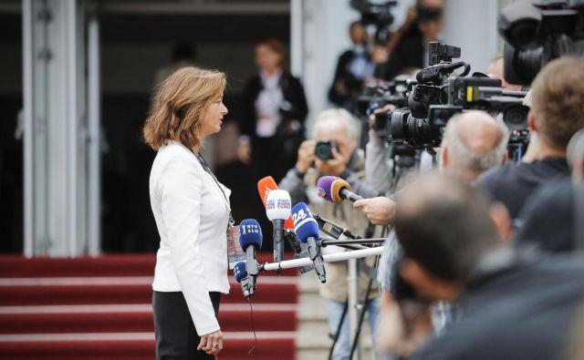 Za koliko časa bo poteza SD in njene predsedujoče Tanje Fajon blokirala načrte Janeza Janše s prevzemom slovenskega gospodarstva, ni jasno. FOTO: Uroš Hočevar