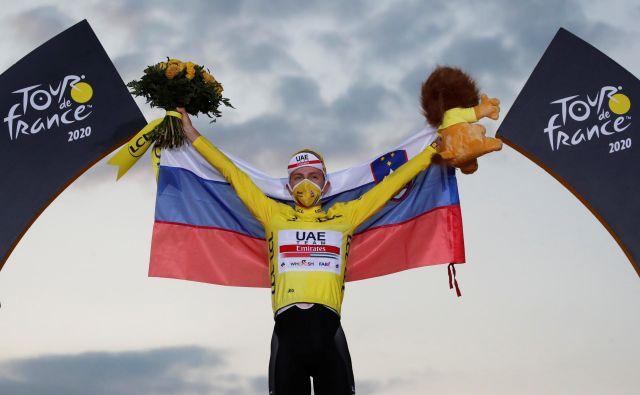 Tadej Pogačar je dan pred 22. rojstnim dnevom že pokoril kolesarski svet. FOTO: Stephane Mahe/Reuters