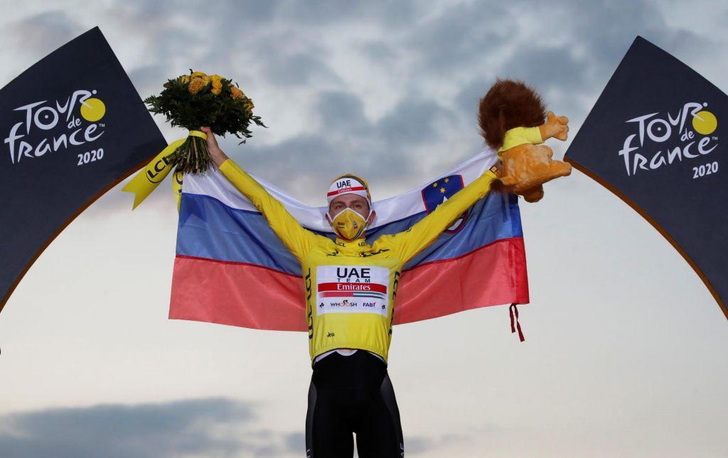 FOTO:V Parizu okronali čudežnega dečka svetovnega kolesarstva
